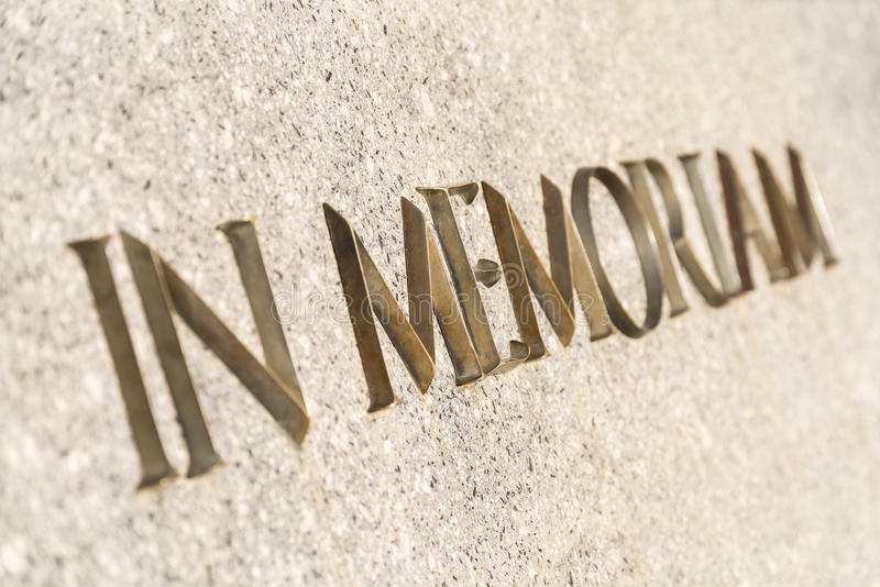 In memoriam esprime inscribed in monumento immagine stock