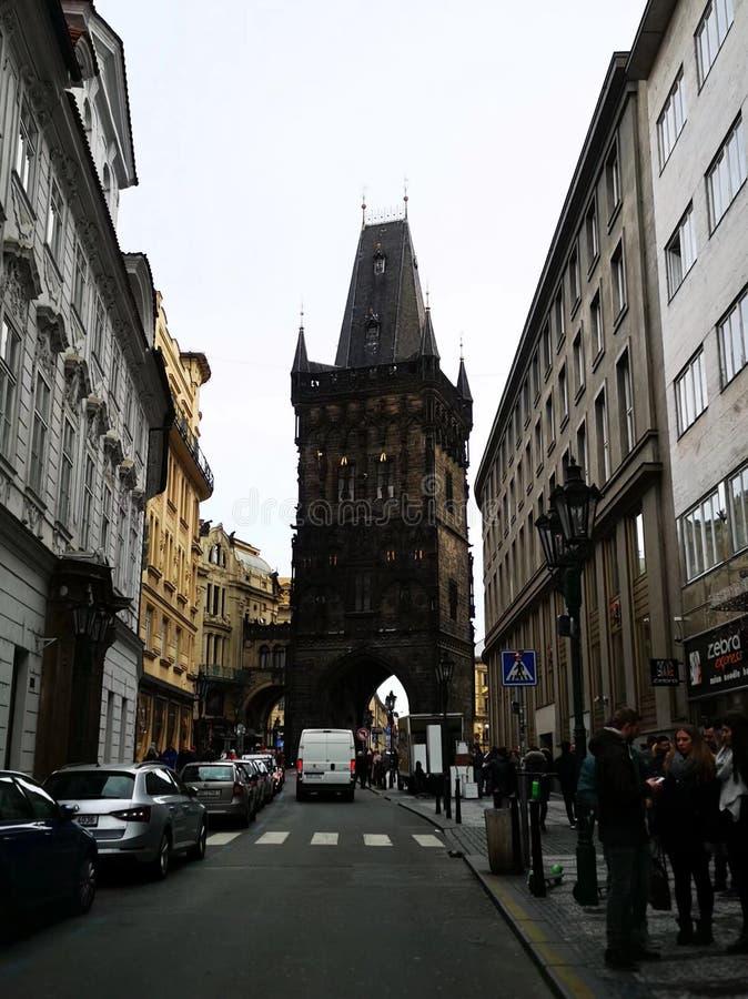 Memorie del viaggio - torre della polvere, Praga fotografie stock libere da diritti