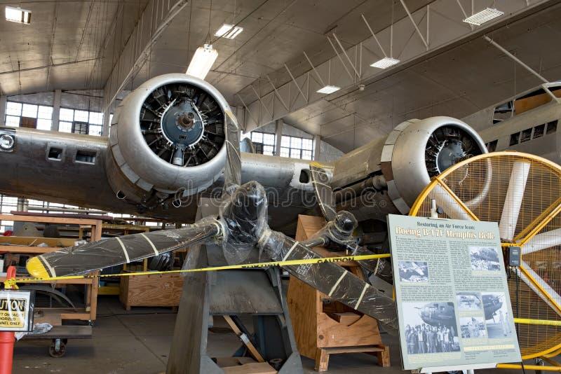 Memphis Belle Restoration op Vertoning, Radiale Motoren & Steunen stock afbeeldingen