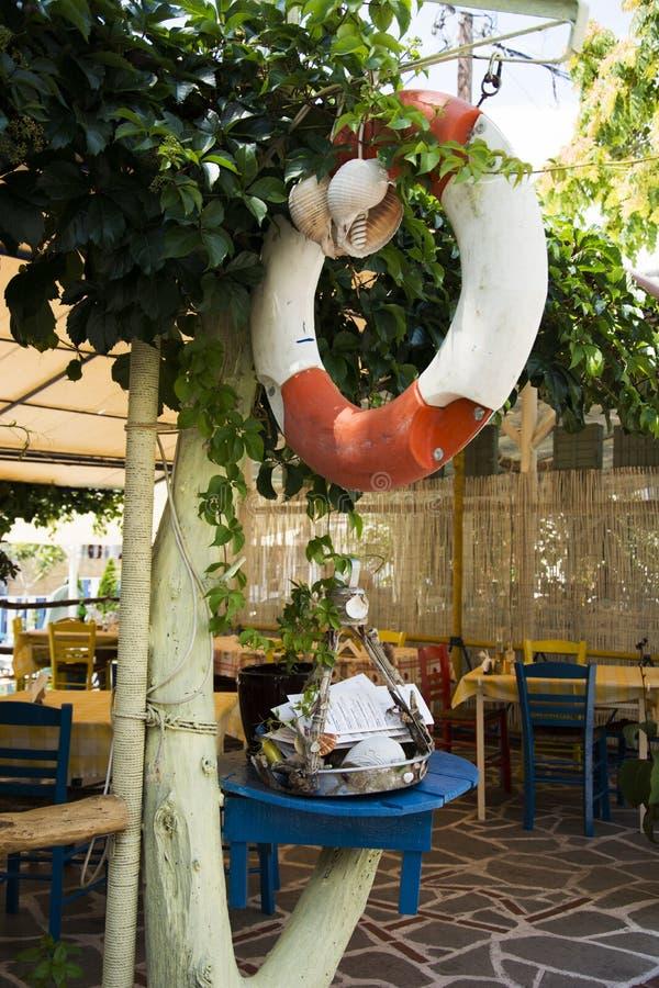 Menús griegos del restaurante afuera foto de archivo libre de regalías