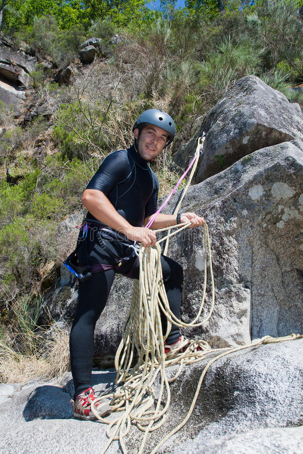 Download Men With Rope For Rappelling Royalty Free Stock Photos - Image: 20911988