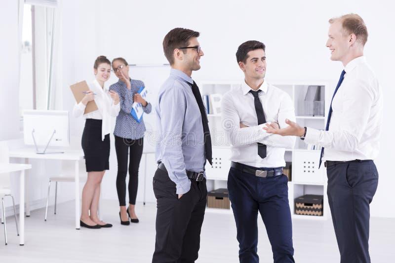 Men& x27; s besprekingen en women& x27; s besprekingen royalty-vrije stock foto