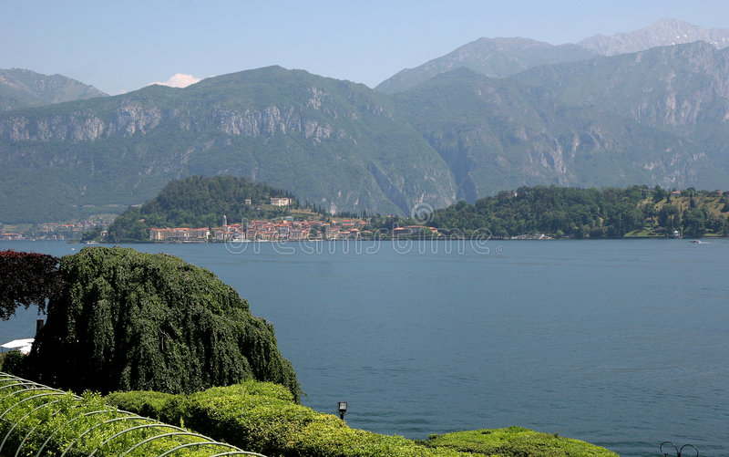 Menaggio y lago Como, Italia foto de archivo libre de regalías