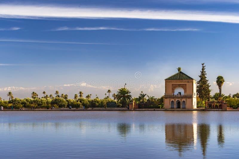 Menara庭院在马拉喀什,摩洛哥 免版税图库摄影