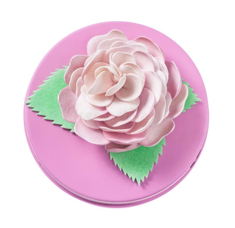 Menchie dekorowali wokoło prezenta pudełka odizolowywającego na bielu zdjęcia royalty free