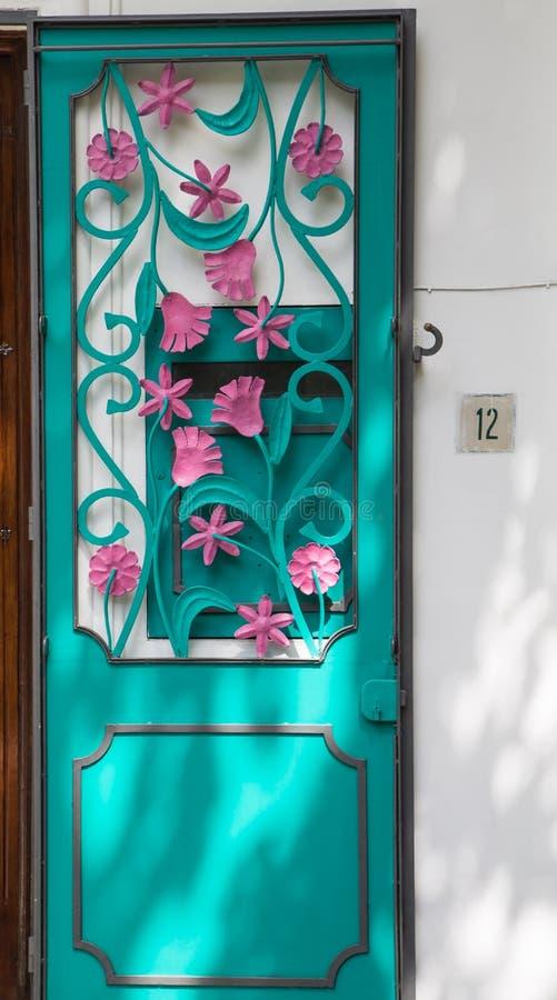 Menchii i Aqua drzwi obraz stock