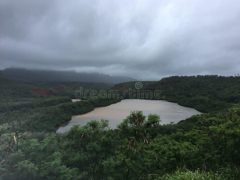 Menehune Fishpond op Bewolkte Dag op het Eiland van Kauai, Hawaï royalty-vrije stock afbeelding