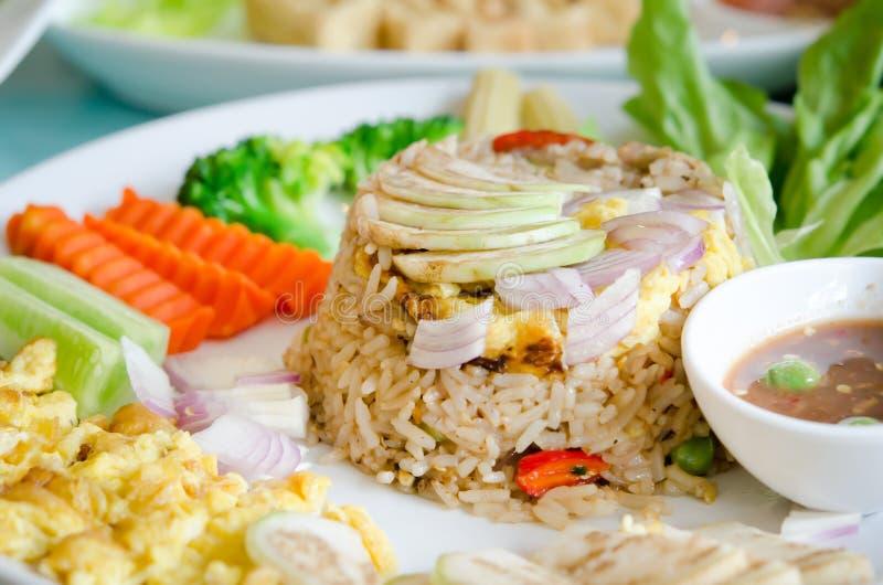 Download Mengeling gekookte rijst stock foto. Afbeelding bestaande uit groen - 29512964