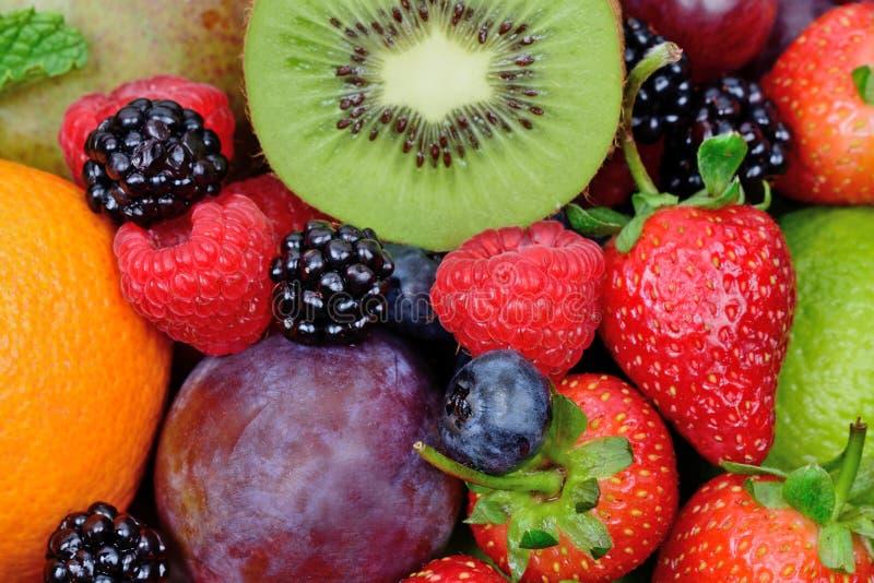 Mengeling van vruchten op achtergrond royalty-vrije stock fotografie