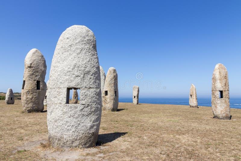 Menhires, un Coruna, Espagne photographie stock libre de droits