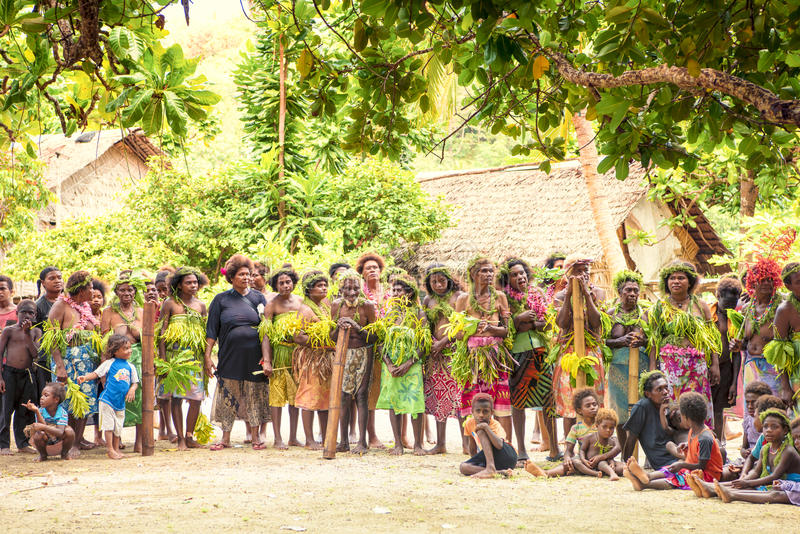 Menigte van dorpsingezetenen Solomon Island stock foto