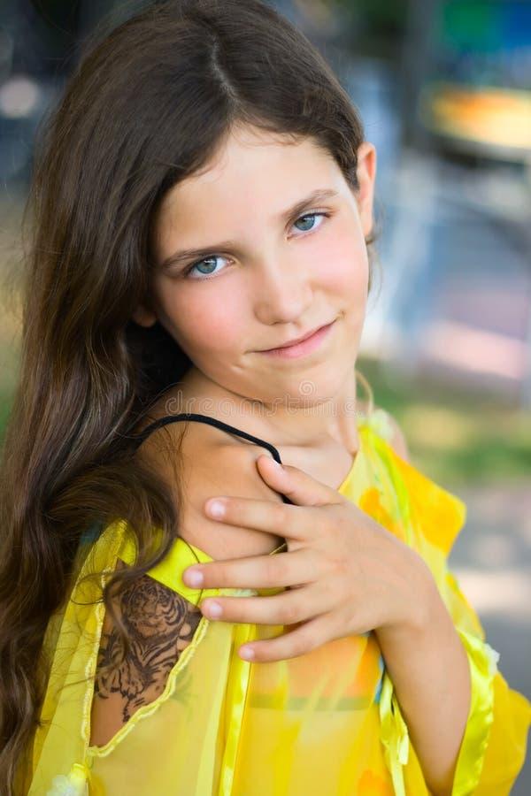 Menina adolescente da beleza imagens de stock royalty free