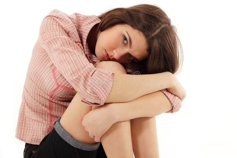 A menina adolescente da depressão gritou só fotografia de stock