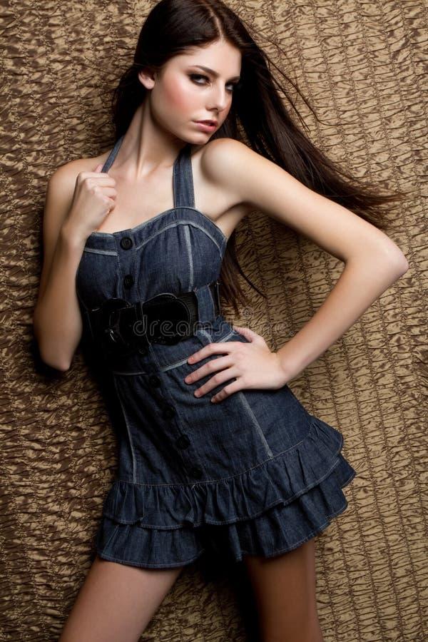 Menina adolescente da forma imagens de stock