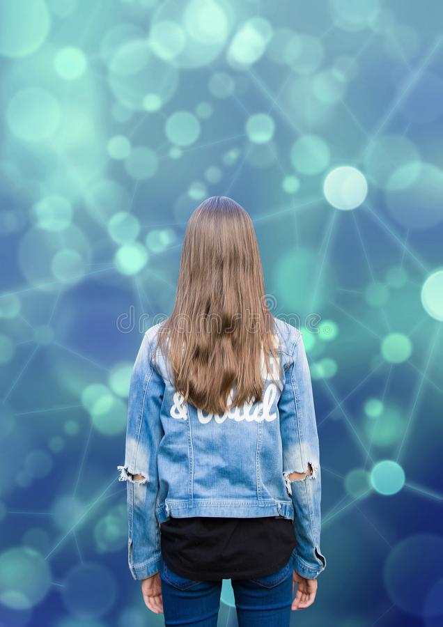 Menina adolescente do adolescente e rede social fotografia de stock royalty free