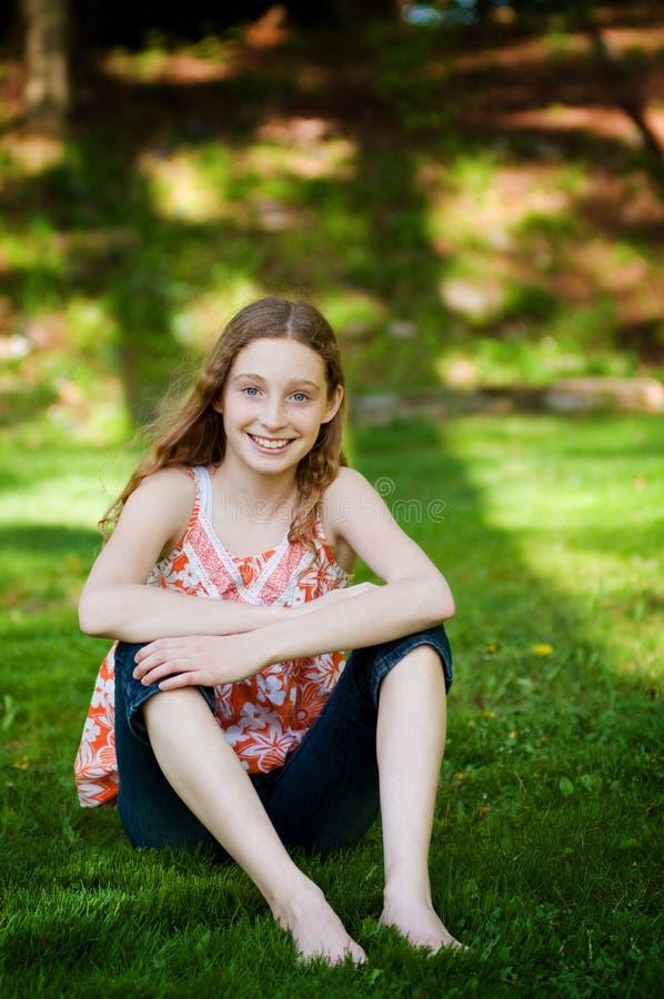 Menina adolescente feliz fotografia de stock