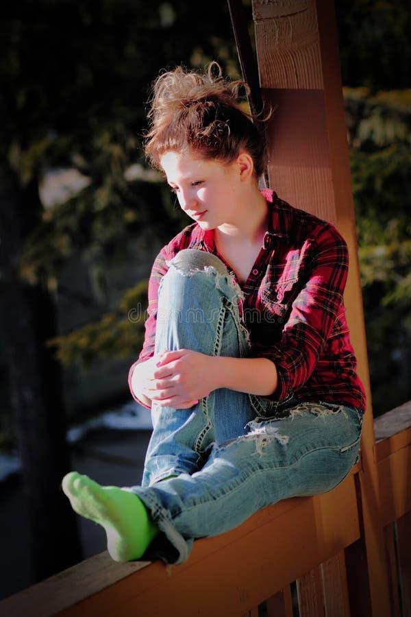 Menina adolescente na moda foto de stock
