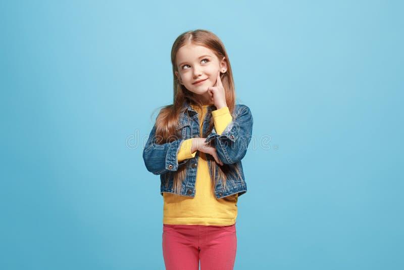 Menina adolescente pensativa séria nova Conceito da dúvida fotografia de stock