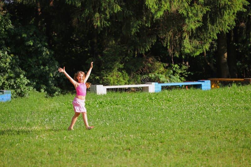 A menina alegre imagem de stock royalty free