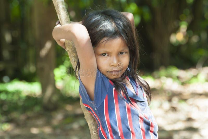 Menina Amazónia de Indigenouse foto de stock royalty free