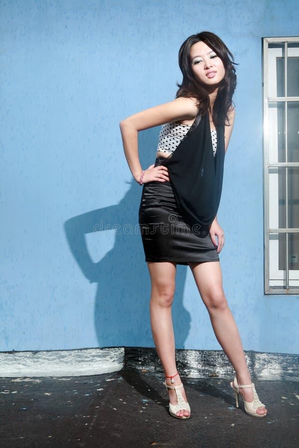 Menina asiática da forma fotografia de stock