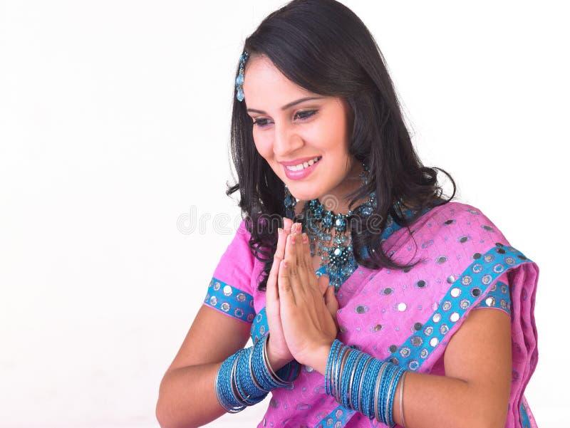 Menina asiática em uma expressão bem-vinda foto de stock royalty free