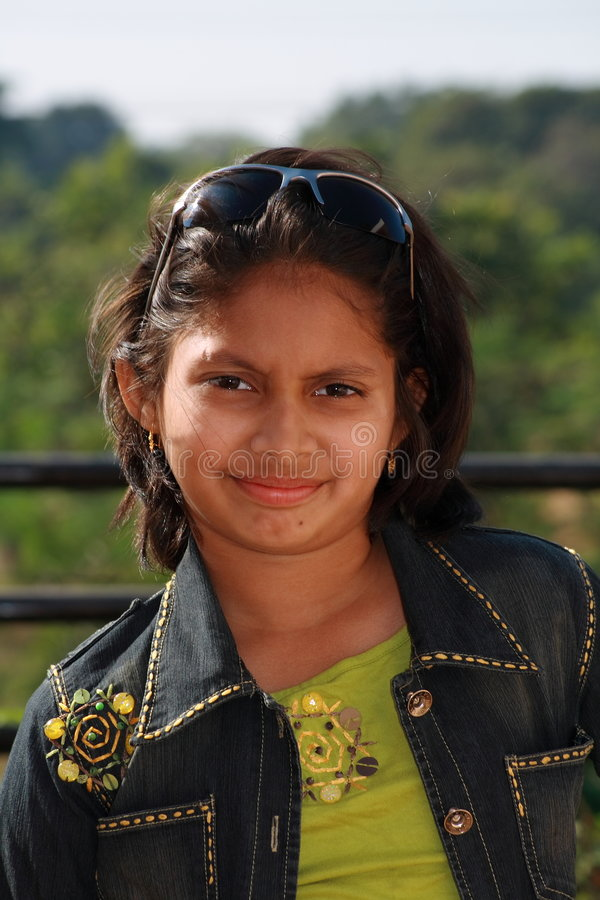 Menina asiática feliz imagens de stock royalty free