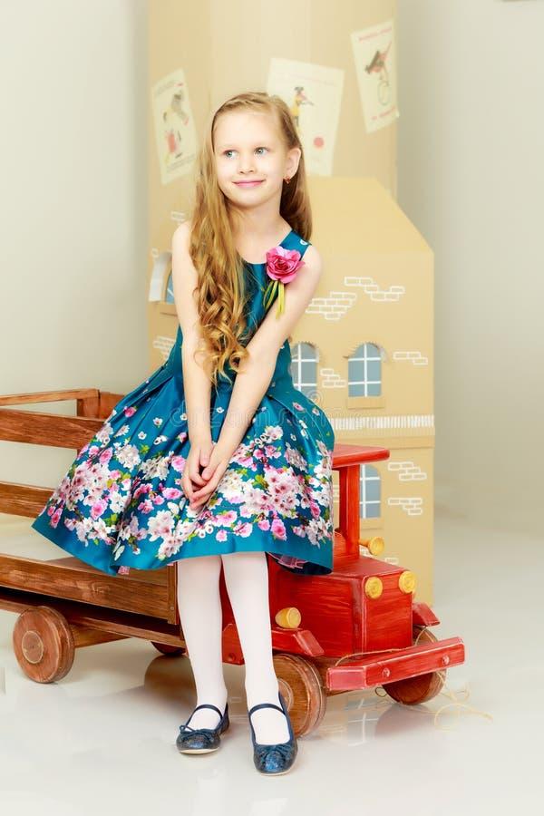 Menina bonita 5-6 anos imagem de stock royalty free