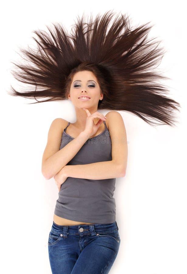 Menina bonita com cabelo longo imagens de stock