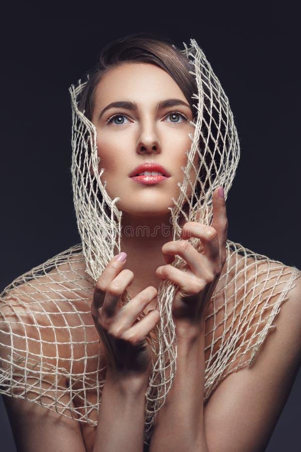 Menina bonita com rede imagens de stock