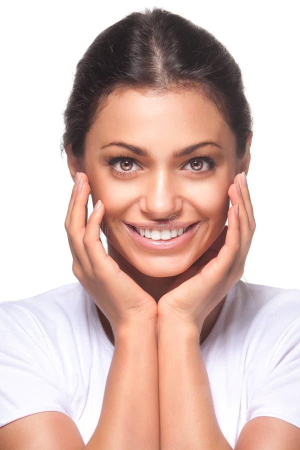 Menina bonita com sorriso bonito imagem de stock royalty free