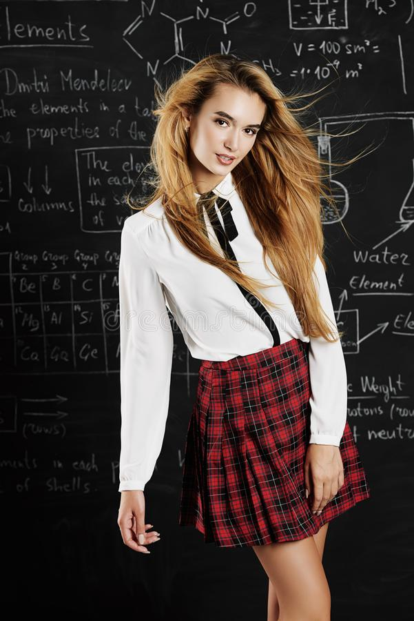 Menina bonita do estudante imagens de stock