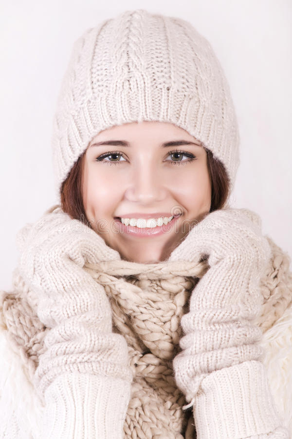 Menina bonita do inverno imagens de stock
