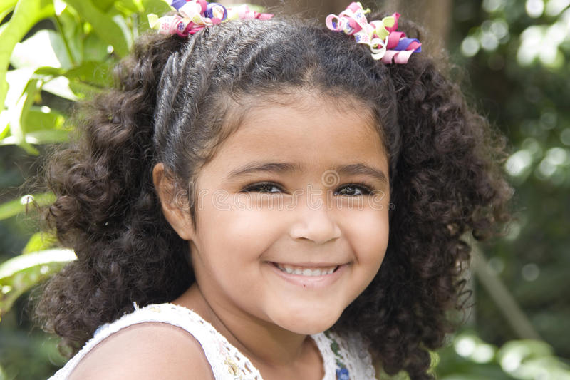 Menina bonita feliz imagem de stock royalty free
