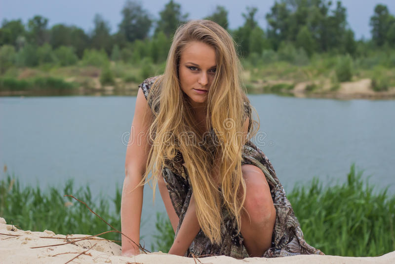 Menina bonita na praia #6 imagens de stock