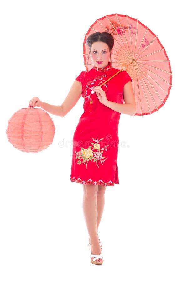A menina bonita no japonês vermelho veste-se com guarda-chuva e lanterna mim imagens de stock royalty free