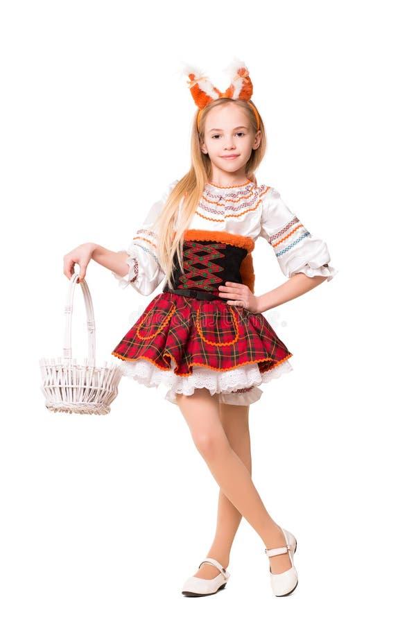 Menina bonita no vestido do esquilo imagem de stock