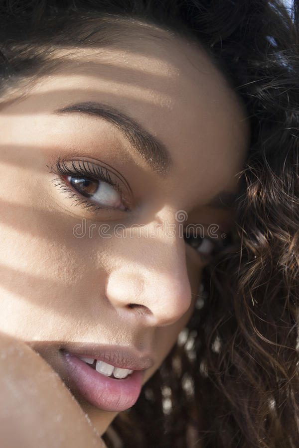 Menina bonita nova foto de stock royalty free