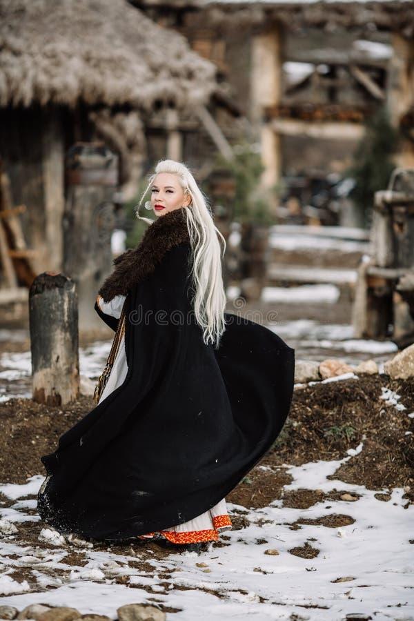 Menina bonita viquingue fotografia de stock royalty free