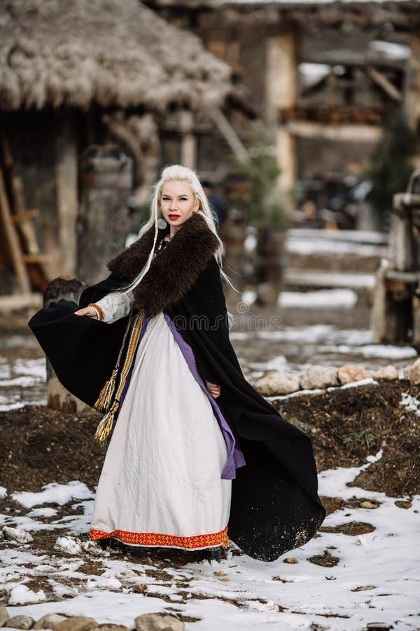 Menina bonita viquingue imagens de stock royalty free