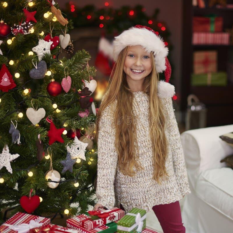 Menina bonito durante o Natal foto de stock royalty free