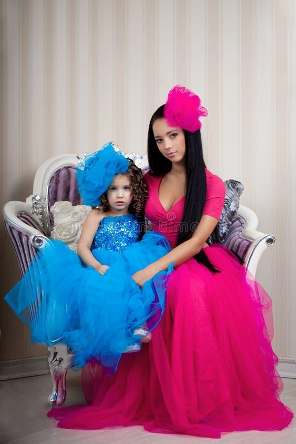 Menina bonito, uma criança em um vestido foto de stock royalty free