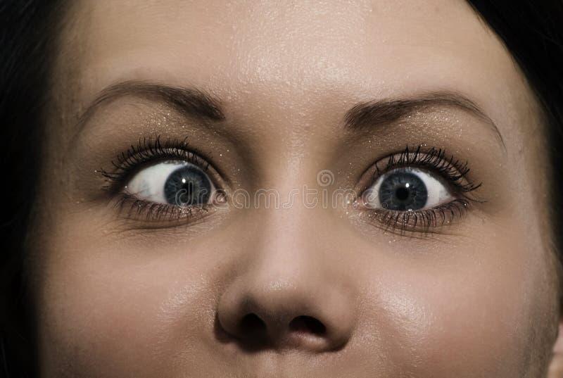 Menina cómica Cross-eyed imagens de stock