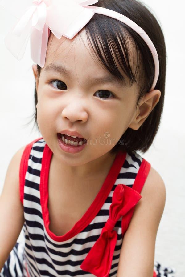 Menina chinesa asiática irritada fotografia de stock
