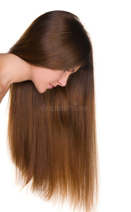 Menina com cabelos longos e a face limpa da pele fotografia de stock