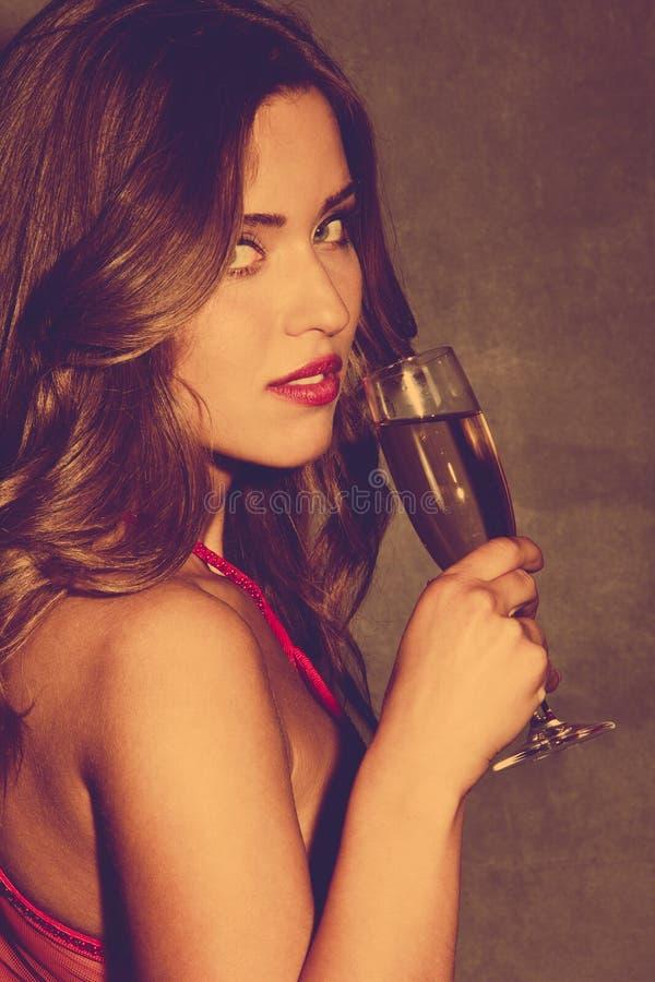 Menina com champanhe imagens de stock royalty free