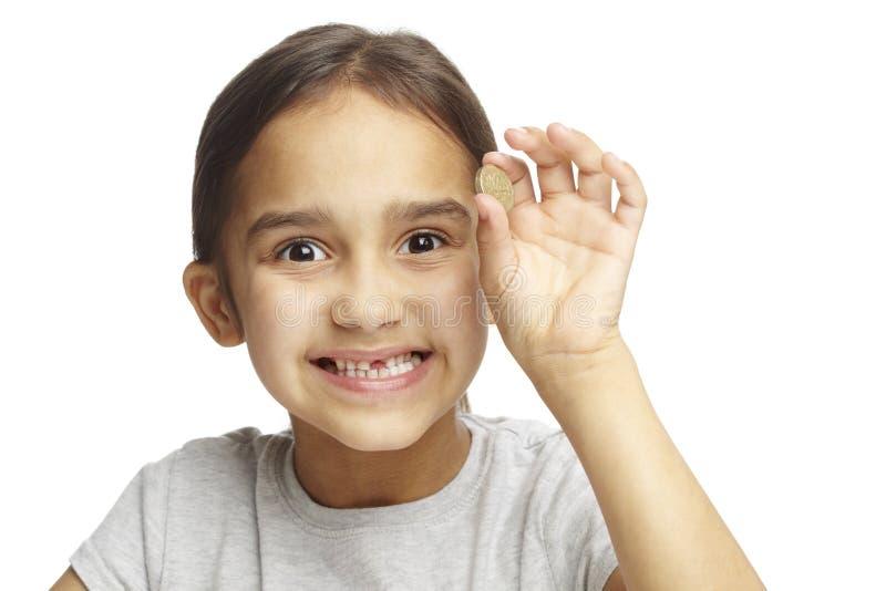 Menina com falta do dente anterior imagens de stock
