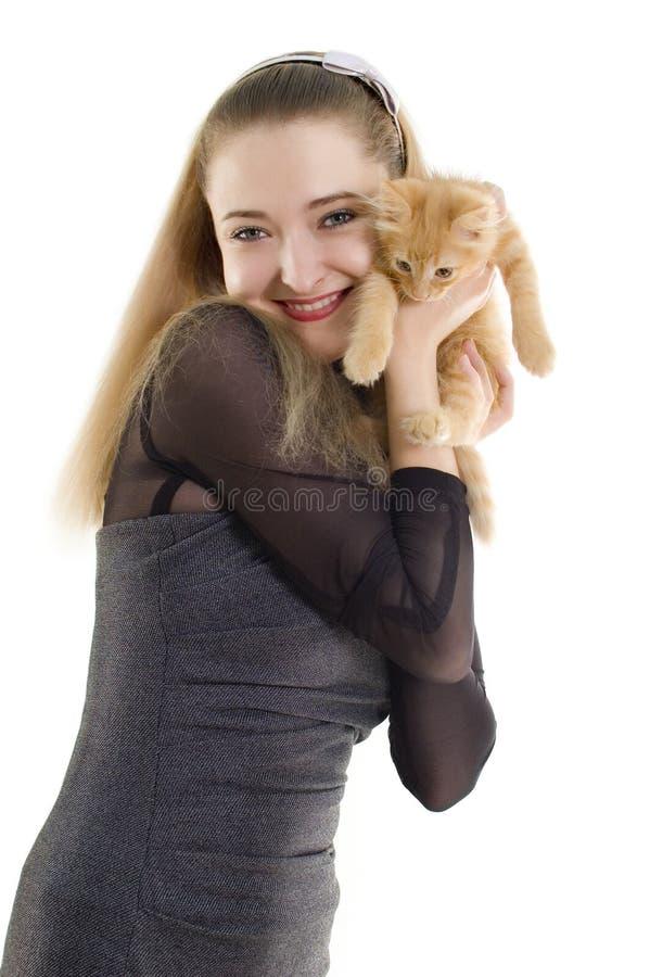 Menina com gatinho imagem de stock