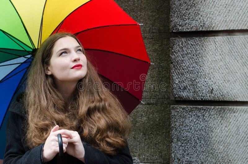 Menina com guarda-chuva fotografia de stock