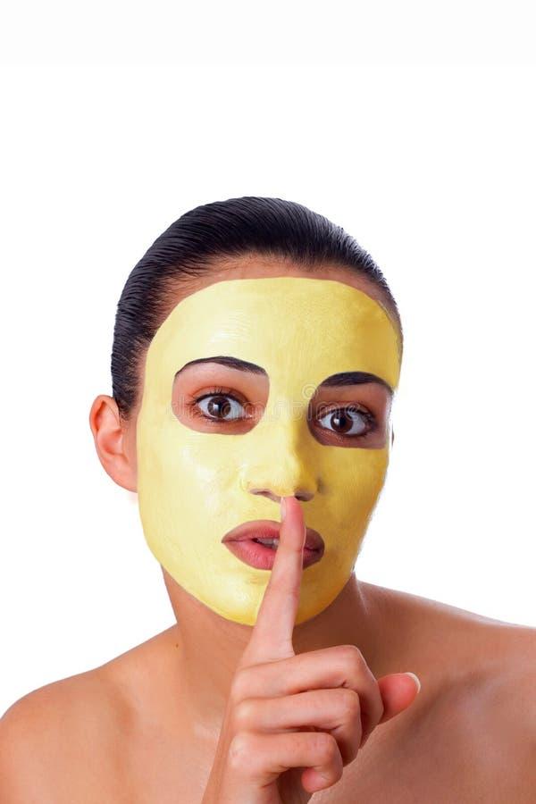 Menina com máscara facial imagem de stock royalty free